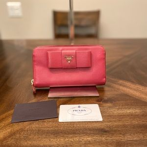 Prada Saffiano Pink Leather wallet purse